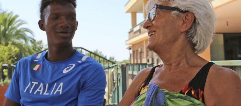 Sfidando l'attuale clima, molti italiani hanno aperto le porte di casa ai rifugiati